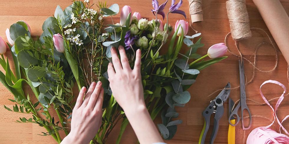 Winter Floral Workshops  - Garden Style Posy in a Vase