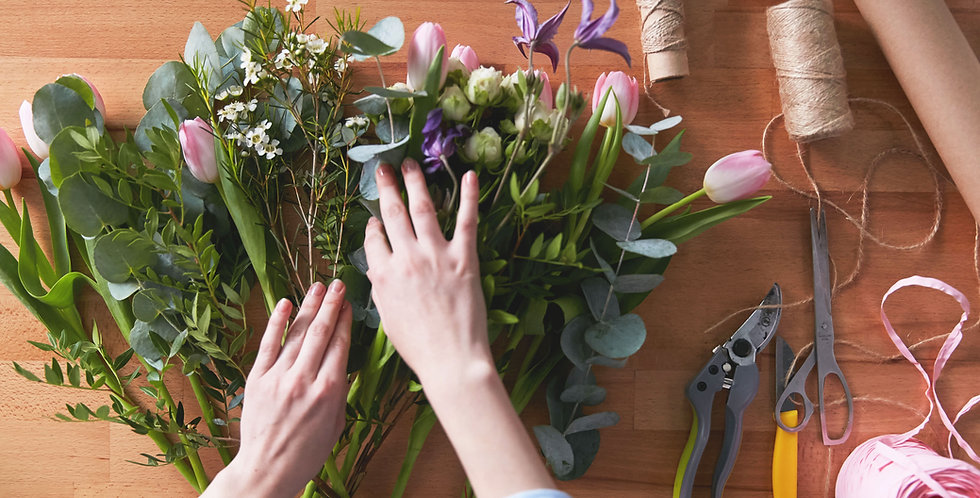 Galentine's Flower Arranging Workshop