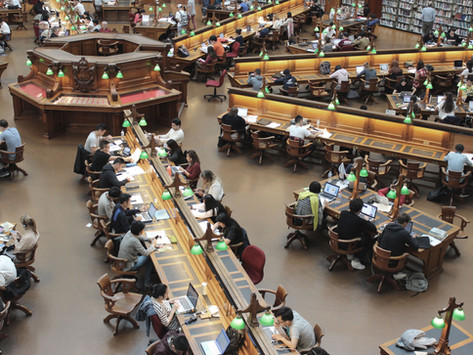 ¿Qué es un congreso académico y por qué es importante asistir?