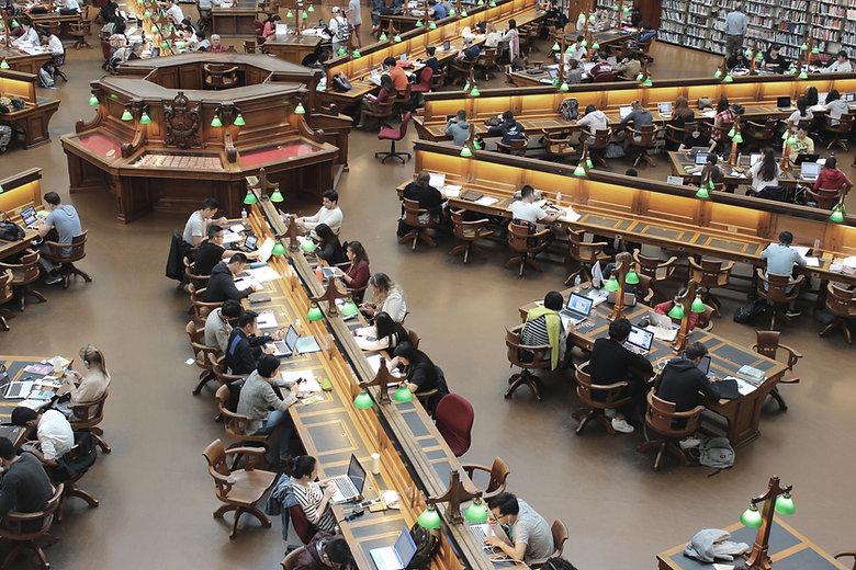 學生圖書館
