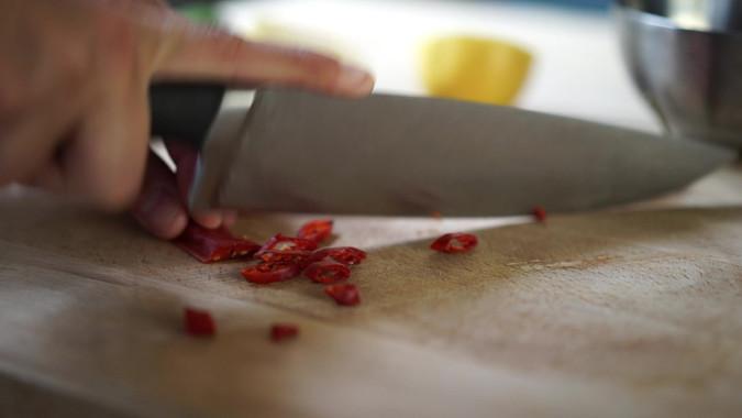 Chopping chillis