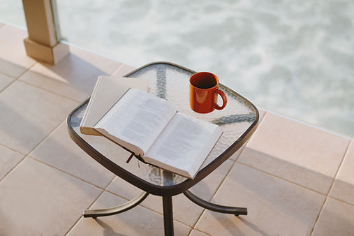 Livros e café