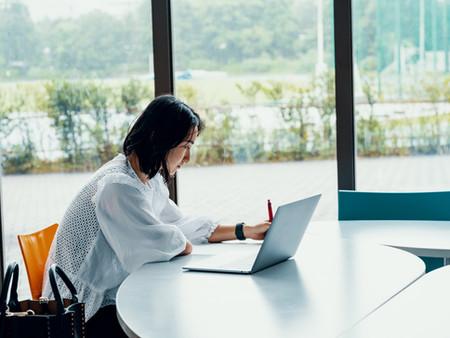 【日本経済新聞】「ひとり親にITスキルを 民間団体、就労をサポート」コメントが掲載されました