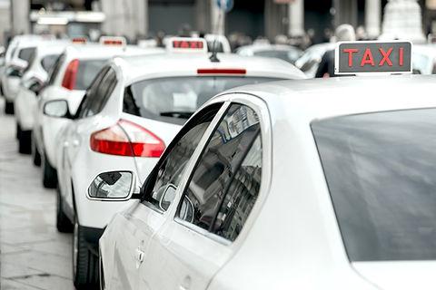 Fleet of white taxis Orchard Auto Mobile Car Valeting 2021 Edinburgh