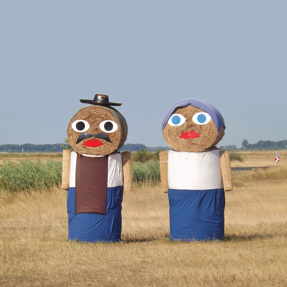 funny scarecrows