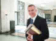Anwalt in der Lobby