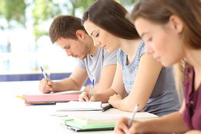Juni-Prüfungen in Sekundarschulen finden statt