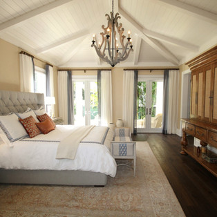 Save Money On Travel Accommodation | The Ultimate Guide