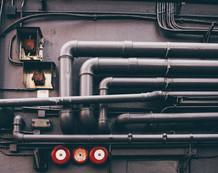 BGH, 26.10.2012 - V ZR 57/12: Versorgungsleitungen gehören bei der WEG bis zum (letzten) Absperrhahn