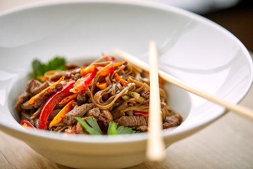 Plat végétarien, Nouilles et légumes wok