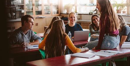 Studenten während der Pause