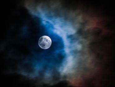 Full Moon Alert