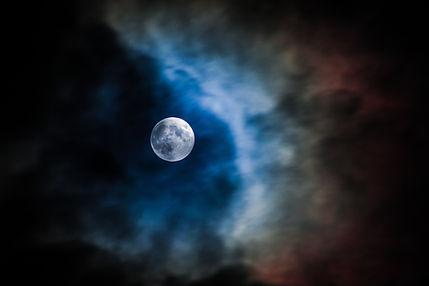 Maan Wolken