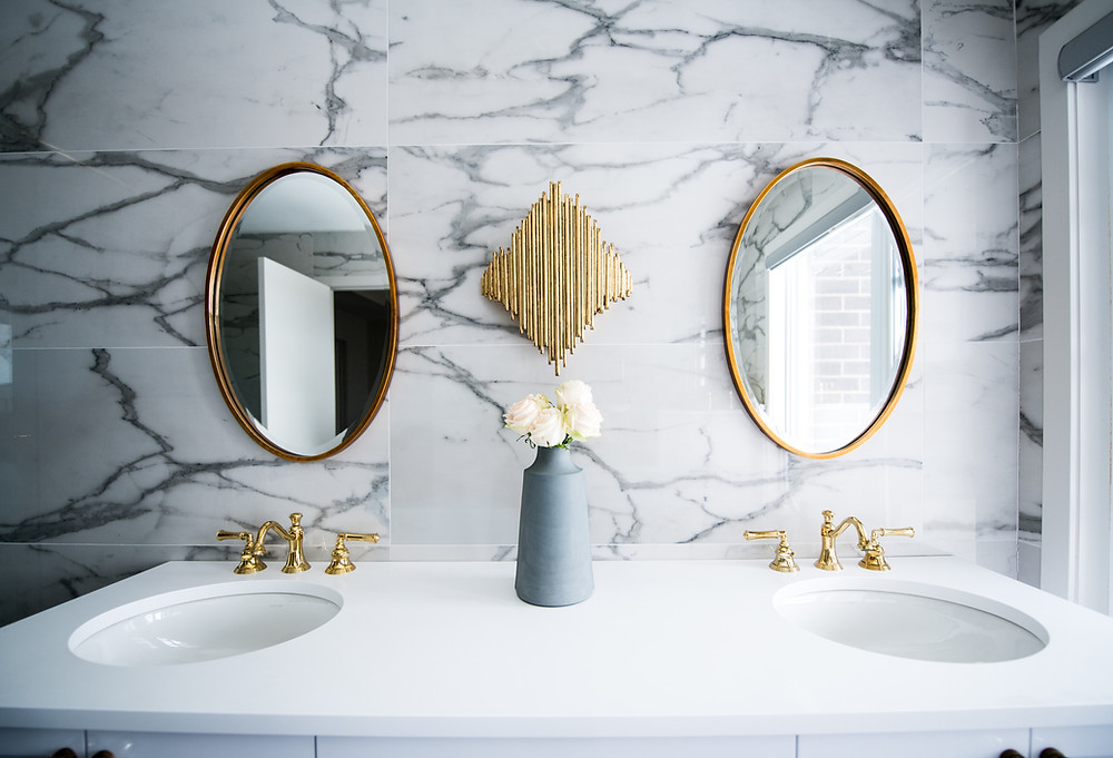 Clean bathroom vanity