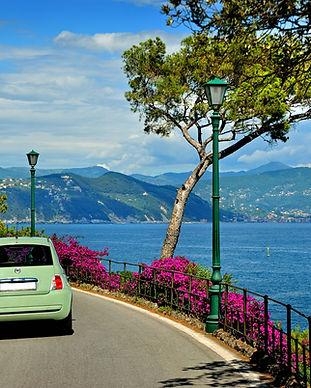 Macchina in Liguria