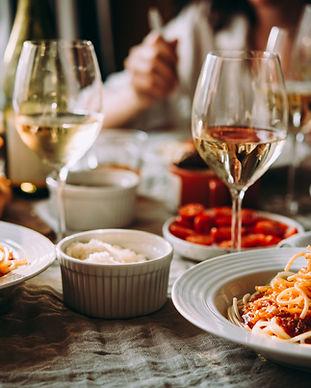 Pasta und Wein