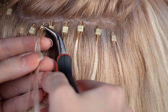 Extensions permanentes pour cheveux