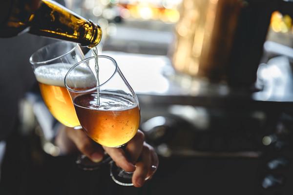 Álcool moderado
