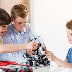 Digitale Grundbildung & Robotik