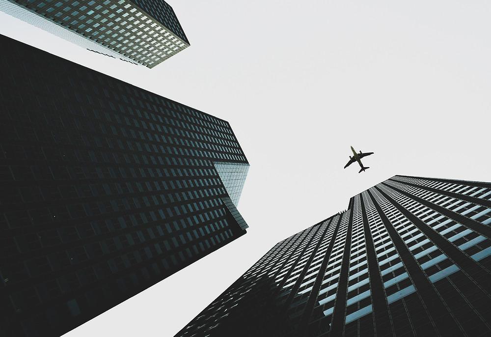 Asociación de aerolíneas aplaude la creación de un pasaporte de vacunación para viajes internacionales.