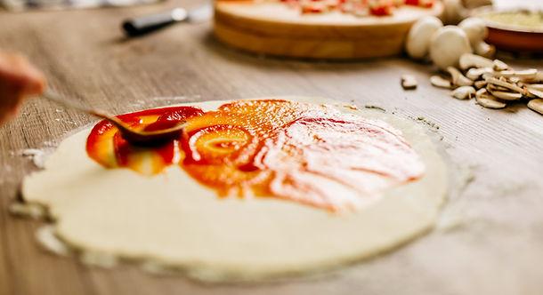 elaboración de pizzas