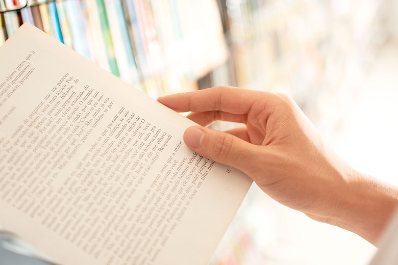 Lendo um livro