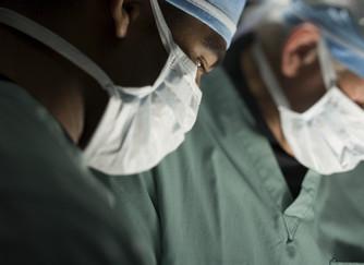 Circunsición o no... tema controversial incluso en el ámbito médico.