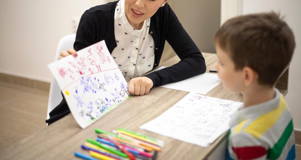 Çocuklar için Psikolog