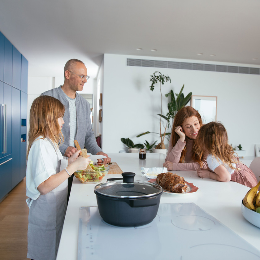Family making dinner