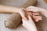 massage des mains