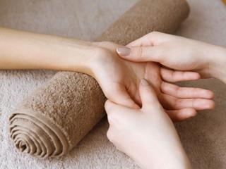 手の温かさとアロマ