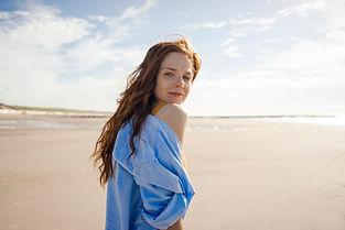 Портрет женщины на пляже