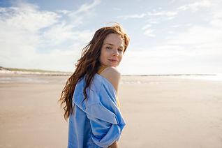 Retrato de mulher na praia