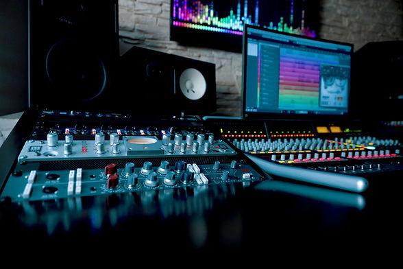 Custom MIDI Tracks