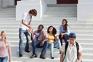 Estudiantes universitarios en vacaciones