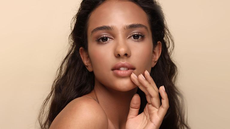 Simple & Radiant Daytime Makeup
