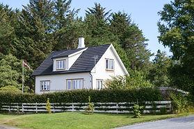 Hvidt træhus