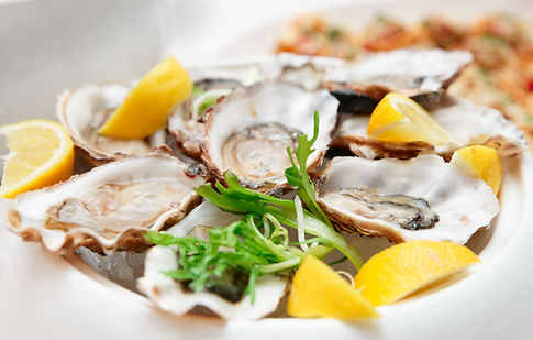 Myall Coast Tours to Hamiltons Bar and Restaurant for locally farmed fresh produce and oysters