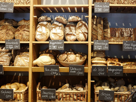 Which bread is healthiest? A Dietitian's guide to choosing bread.