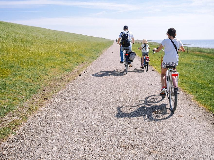 Rodinný výlet na kole