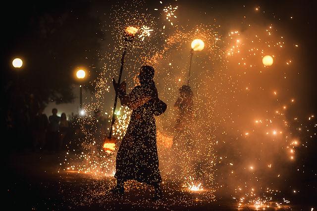 Огненное танцевальное шоу