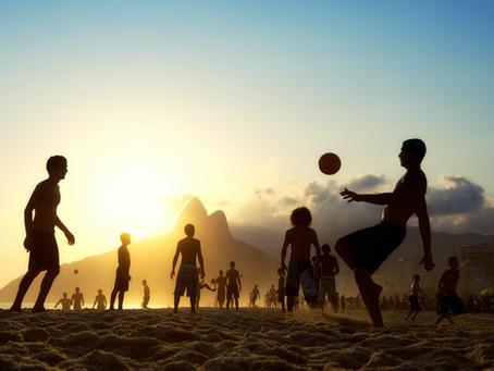 Futvôlei e Beach Tennis a moda das quadras de areia