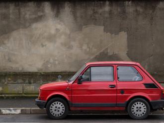 LG Darmstadt, 05.07.2013 - 6 S 34/13: Bagatellschaden u. Gutachterkosten bei einem älteren Fahrzeug