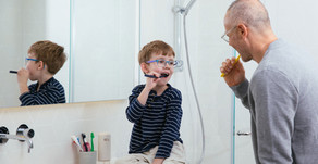 How to teach your child to brush his teeth from an early age!