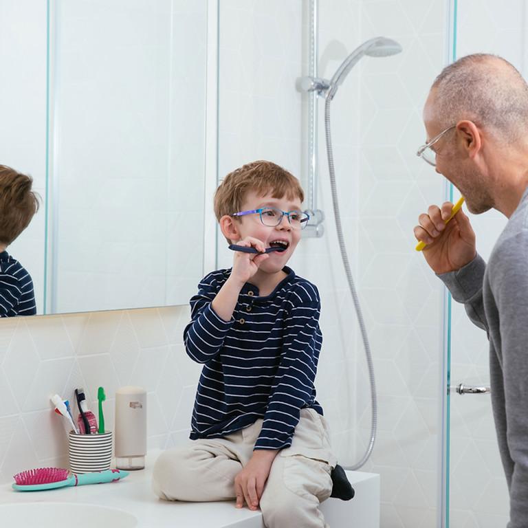 Zahnen und Zahnpflege bei Baby und Kleinkind