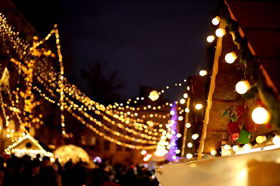 CHRISTMAS LIGHTS IN THE REDLANDS