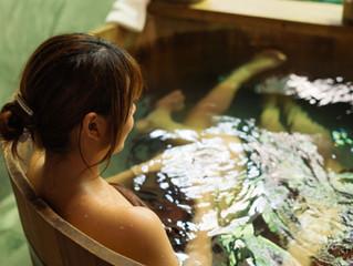 お風呂で「フゥ〜〜〜っ」:万病を予防する入浴の効果