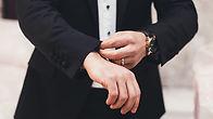 Homme avec costume