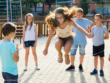 O poder do jogo: conheça os benefícios para o desenvolvimento infantil