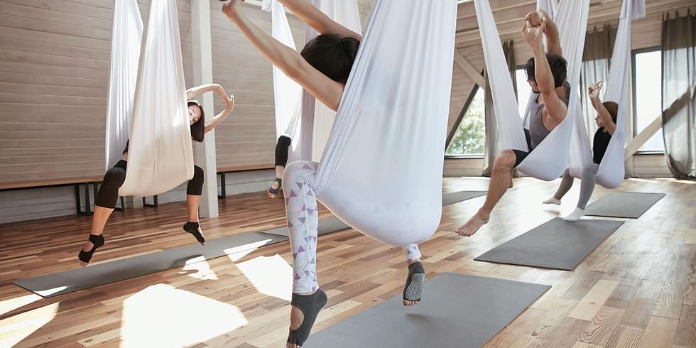 Light Friday / Aerial Yoga